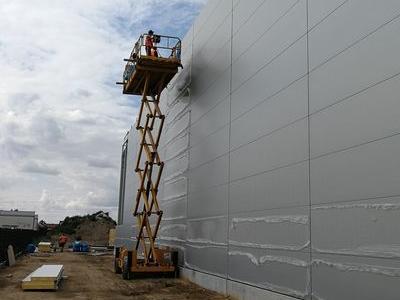 Budowa hali w Plewiskach 12